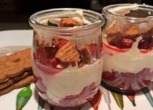 YAOURT COULIS FRAMBOISES SPECULOOS